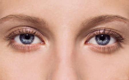 Фото глаз девушки