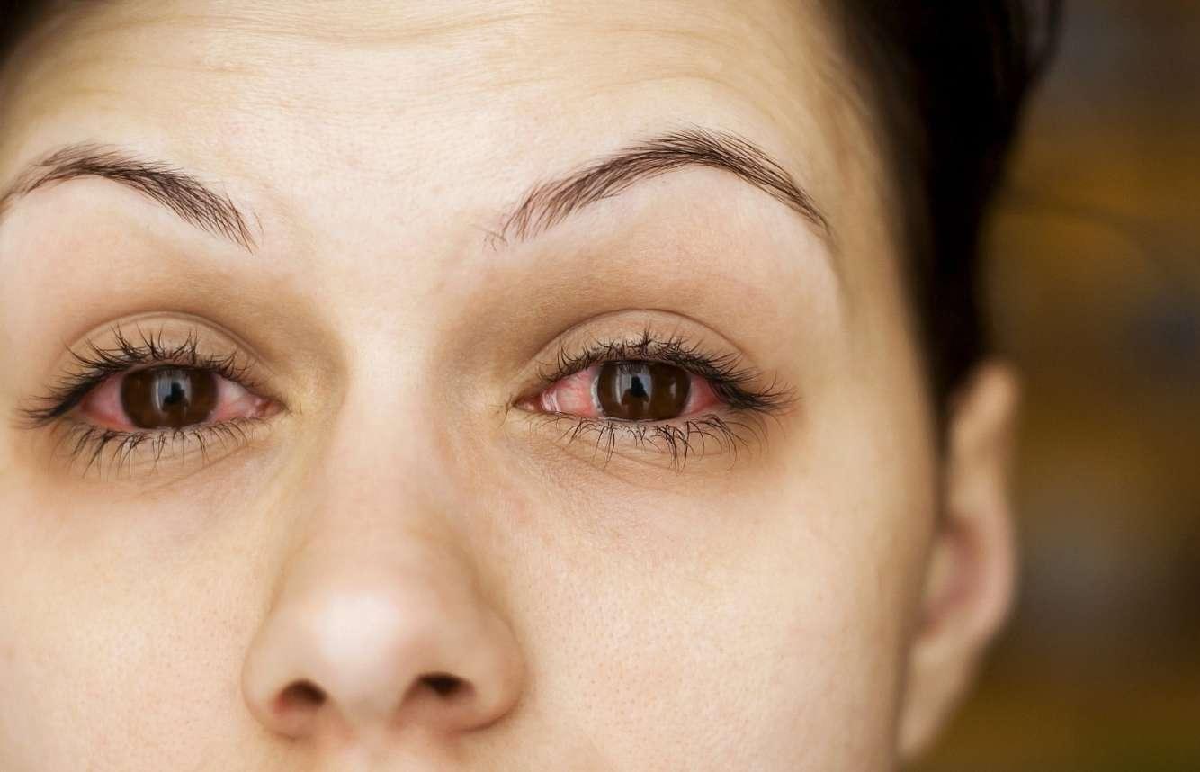 Как сделать глаза красными в домашних условиях без линз