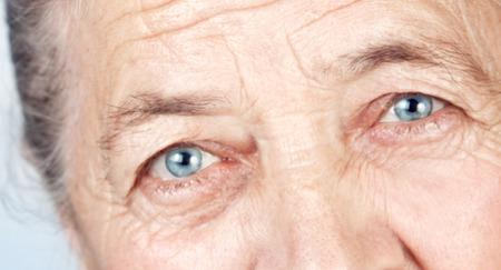 глаза пенсионерки